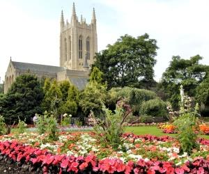 Guided walking tours of Bury St Edmunds