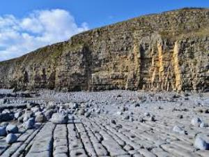 Llantwit Major Beach (Cwm Colugh Beach)