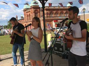 Gorleston Makes Music