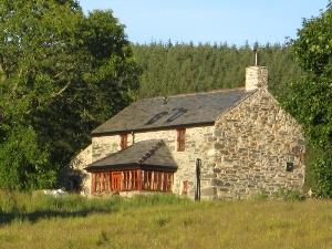 Bron-Nant Holiday Cottage