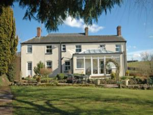 The Hendre Farmhouse B&B