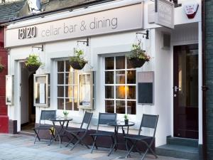 18/20 Cellar Bar, Dining & Rooms