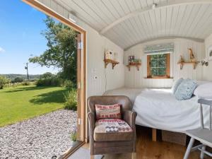Cromwells Shepherds Hut