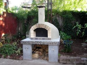 The outdoors pizza oven