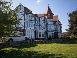 The Links Country Park Hotel
