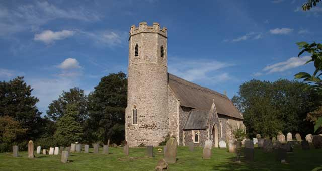 St Peter & St Paul, Mautby
