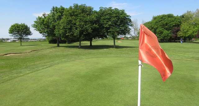Bure Park Pitch and Putt Gold Course
