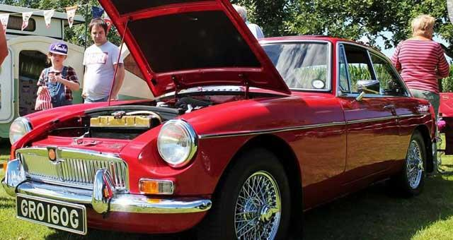 Belton Funday Classic Car Show At New Road Playing Field Fete