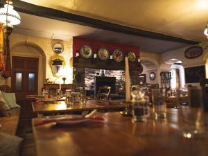 Wynnstay Bar / Restaurant