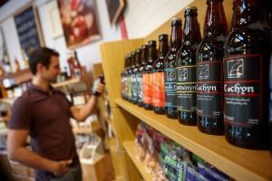 Welsh beers, ciders, wine and liqueurs in Bwtri