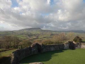 Skirrid Fawr from White Castle
