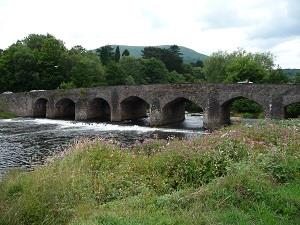 Usk Bridge, Blorenge behind (photo - Chris Brown)