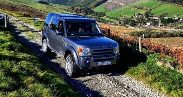 Cambrian Safaris Landrover Tours