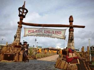 Pirate Island Entrance