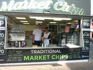 Dearno's Market Sausage & Chips