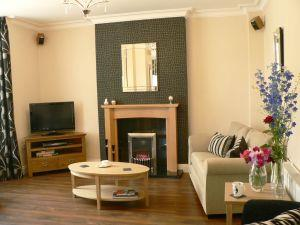 Ashberry Guest House - guest lounge2