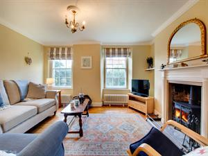 Lovely traditional style sitting room