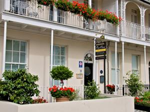 Pier View self-catering apartments