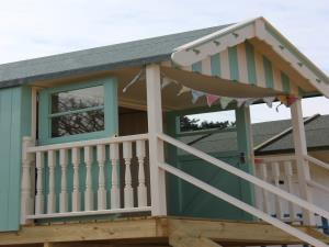 No 10 Beach Hut