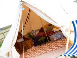 Glamping-bell-tent