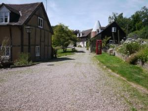 Whitewells Farm Cottages
