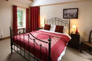 Master Bedroom in Ty Cerbyd Holiday Cottage