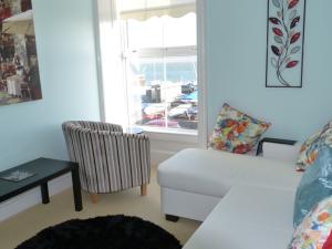 Otago 2 Sea View Lounge