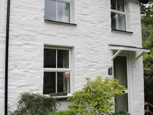 Number 3 Dulas Cottages