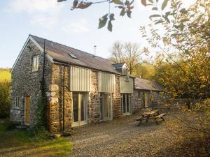 Llechwedd Cottage at Cefn Coch Farm