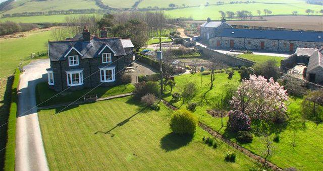 Hendy Farm Cottages
