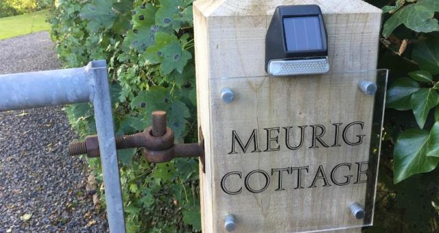 A warm welcome to Meurig Cottage