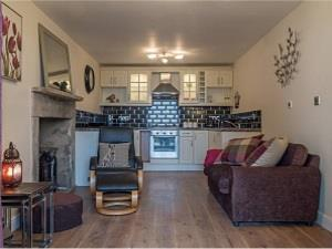 Lister & Titus | Self-catering | Bradford|West Yorkshire